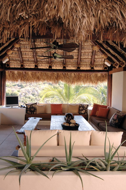 Lori Gilder of Interior Makeovers Inc. tropical patio
