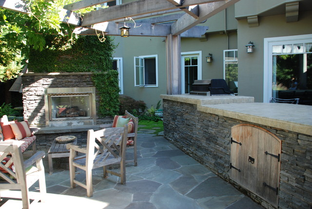 Los Altos Outdoor Fireplace and Fountain traditional-patio