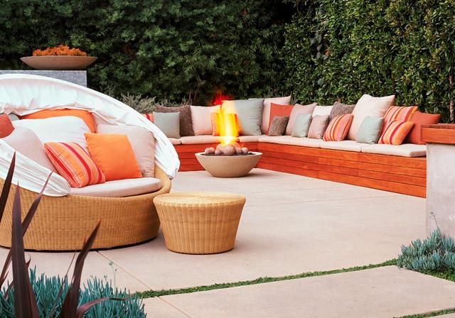 Lounging patio contemporary-patio