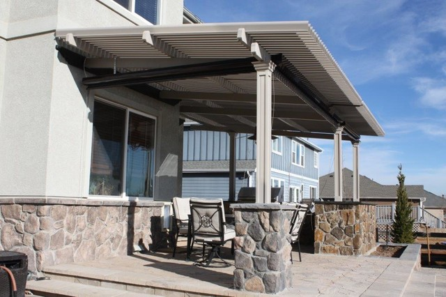 Louvered Roof Patio Cover With Sun Screen Craftsman Patio