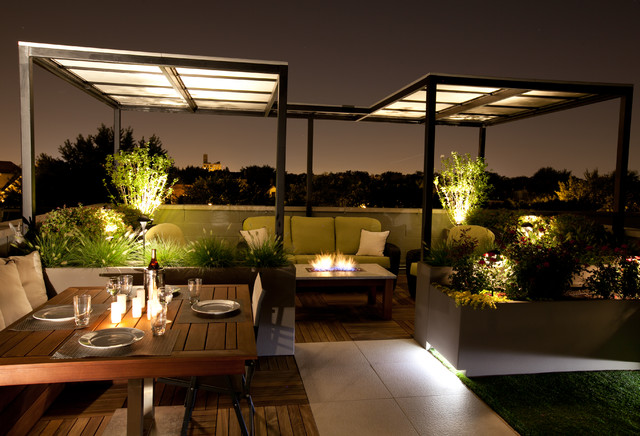 Low light roof top contemporary patio chicago by for Immagini terrazzi arredati