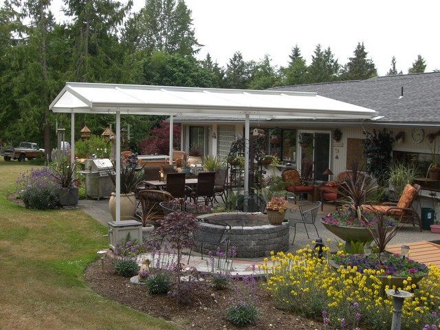 Low Pitch Gable Style Patio Cover - Farmhouse - Patio