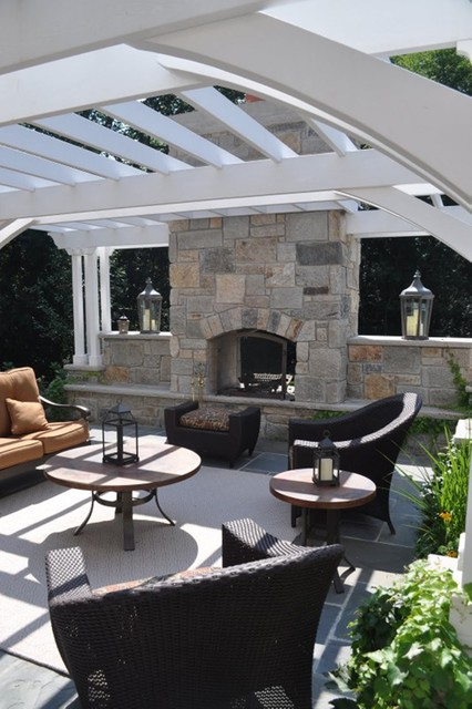 Luxury Living traditional-patio
