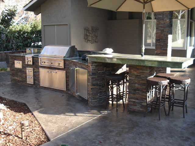 Lynx outdoor kitchen traditional patio san francisco for Outdoor kitchen ideas houzz
