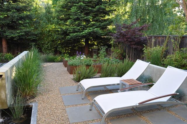 Mangan traditional-patio