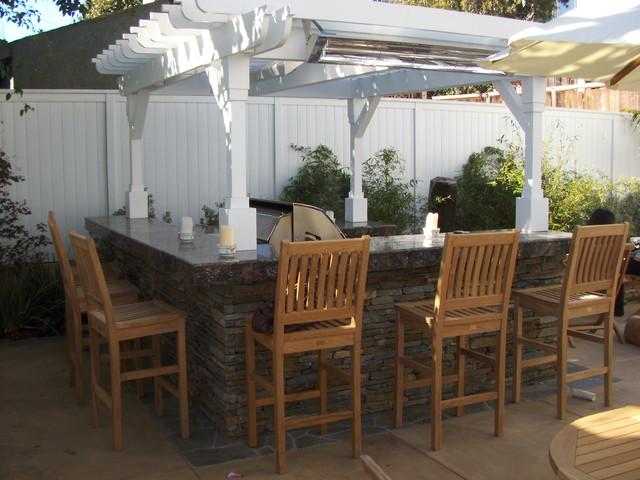 Manhatten Beach traditional-patio
