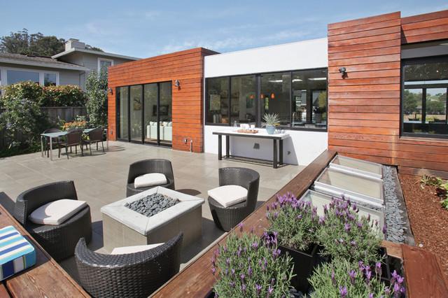 Margarita Residence modern-patio