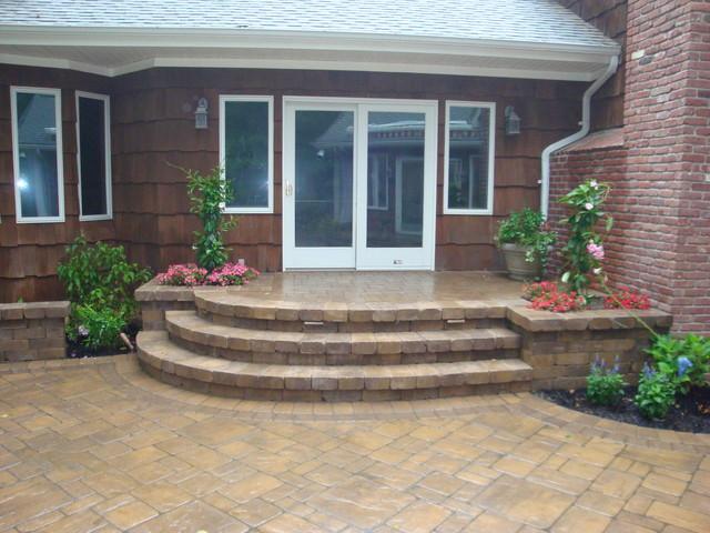 Masonry traditional-patio