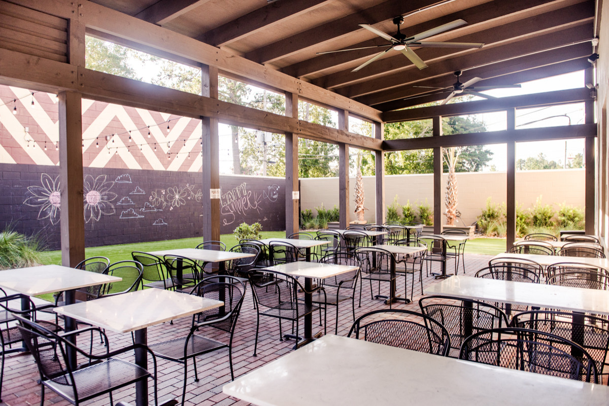 McAlister's Deli Courtyard