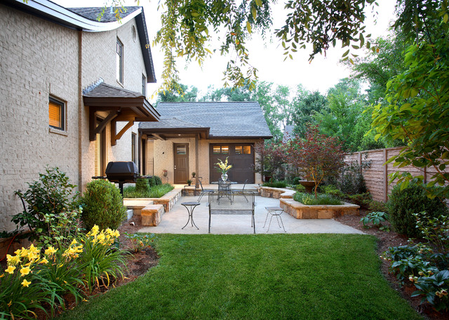 McDaniel Oaks Backyard traditional exterior
