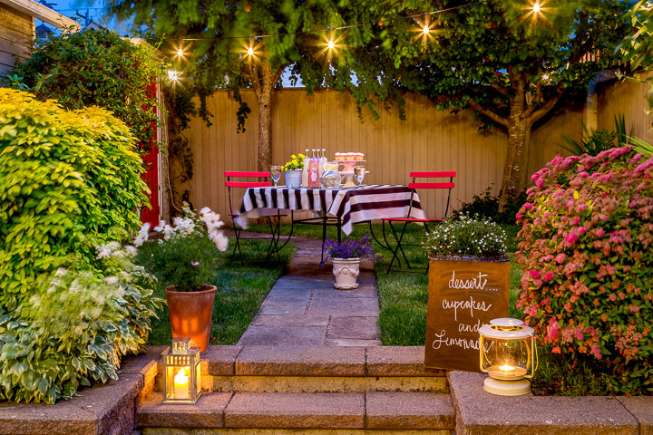 Inspiration for a timeless patio remodel in Seattle