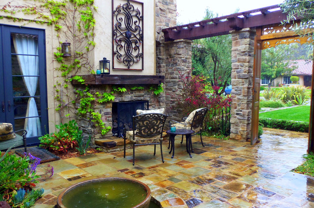 Mediterranean Garden Design Ideas Photos For Your Home: Mediterranean Courtyard Fireplace