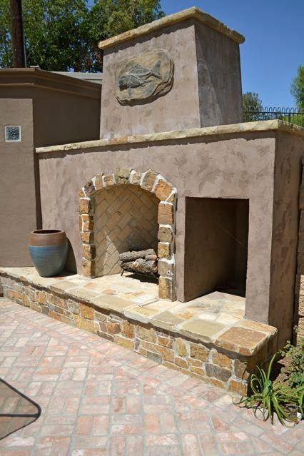 Mediterranean Villa Outdoor fireplace