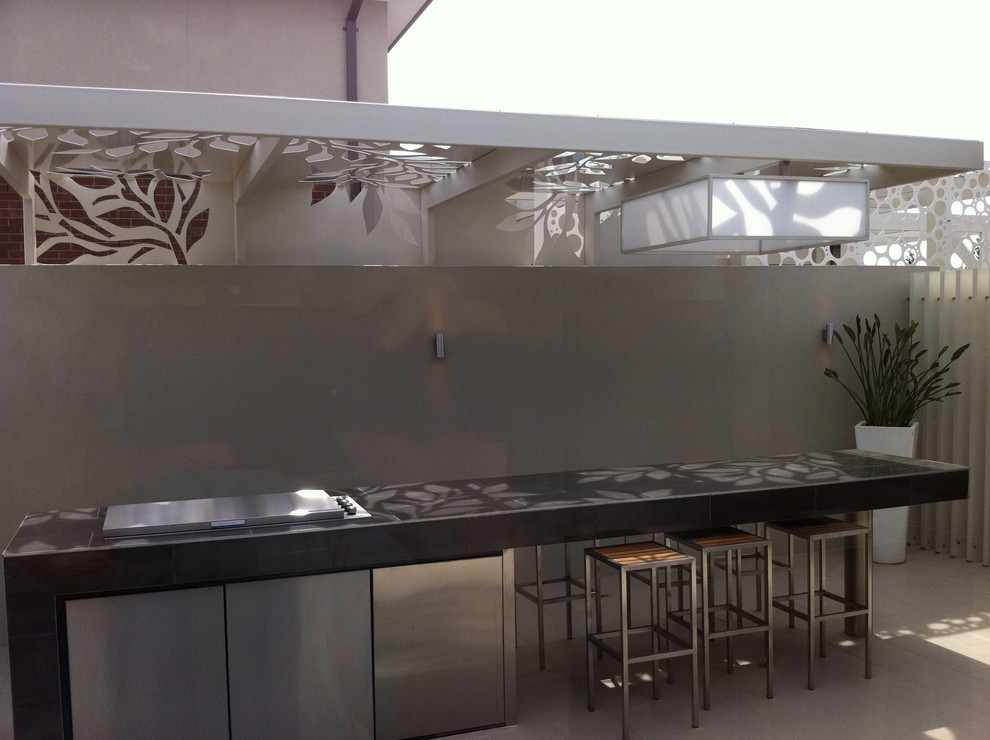 Patio - modern patio idea in Melbourne