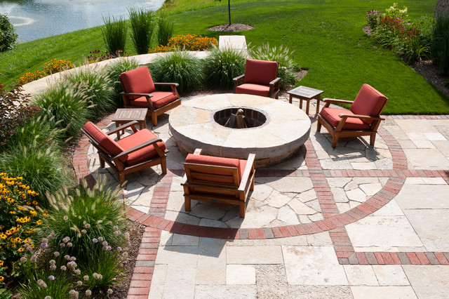 Casual Craftsman traditional patio