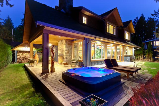 Mermaid Manor traditional-patio