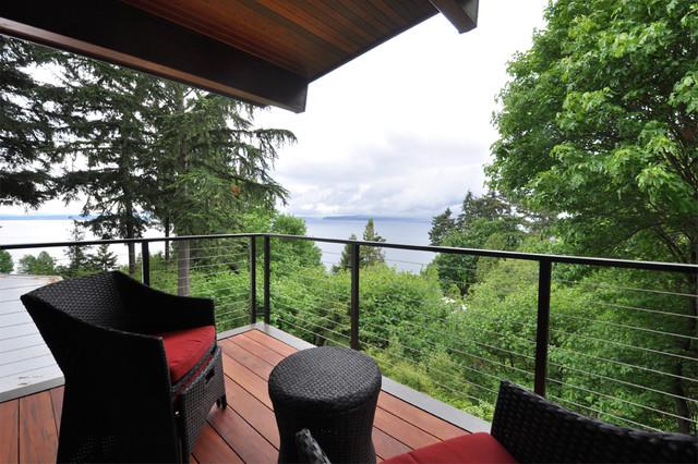 Mid Century Addition modern-patio