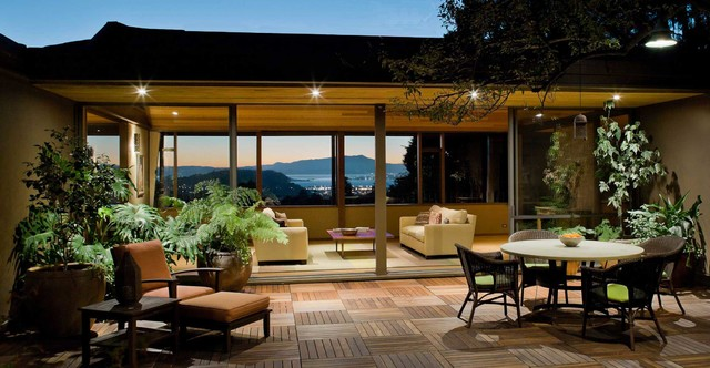 Patio   Large Contemporary Courtyard Patio Idea In San Francisco With  Decking