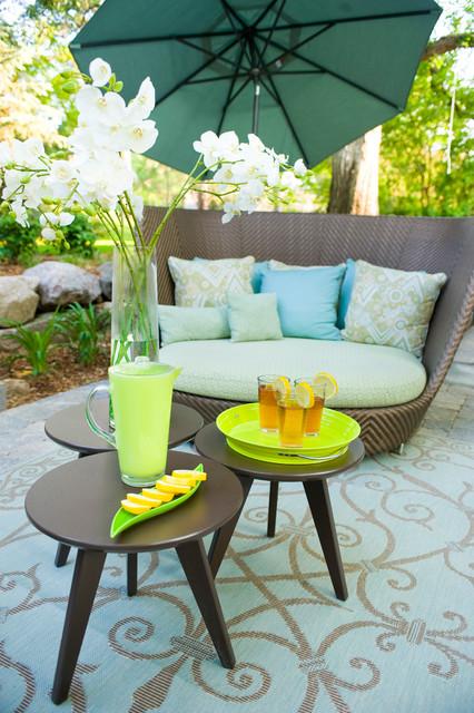 Eco-Friendly ~ Mid-Century Modern Outdoor Room midcentury-patio