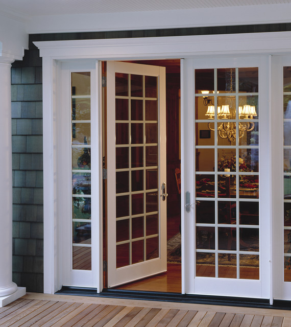 Milgard in swing french doors traditional patio for In swing french patio doors