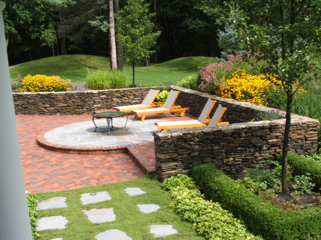 Milieu Design traditional landscape