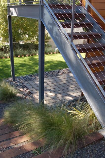 Mill valley modern garden modern patio san francisco for Garden design mill valley