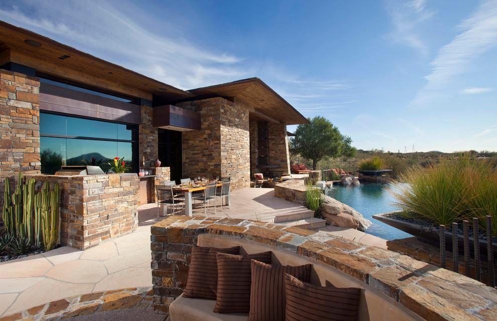 Patio - mediterranean patio idea in Phoenix