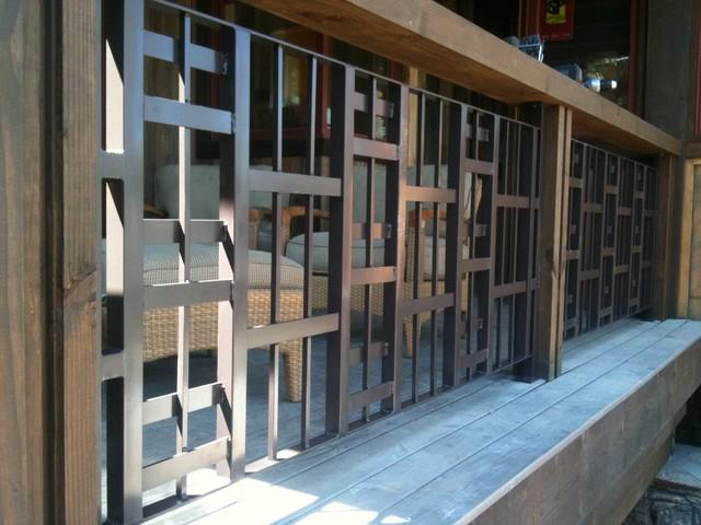 Misc rails contemporary-patio
