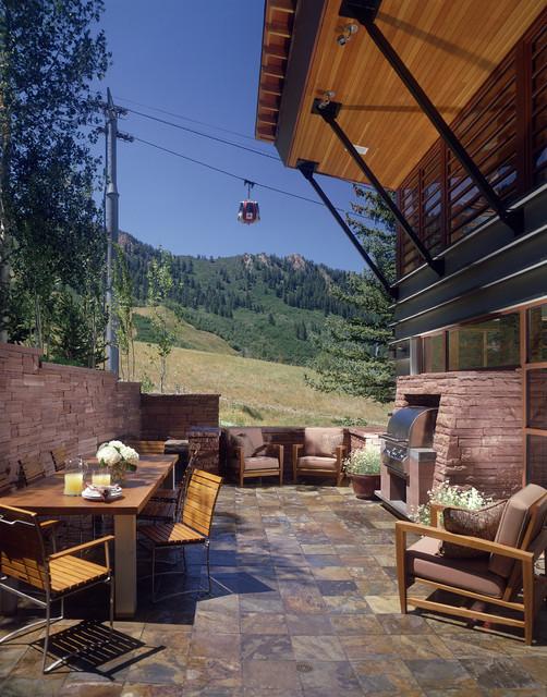 Mitchell Residence modern-patio