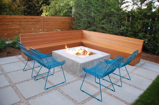 Modern Backyard modern-patio