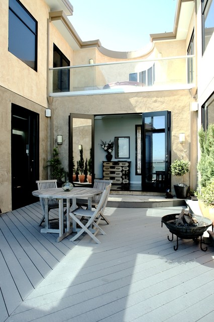 Modern energy efficient house on SF Bay contemporary-patio