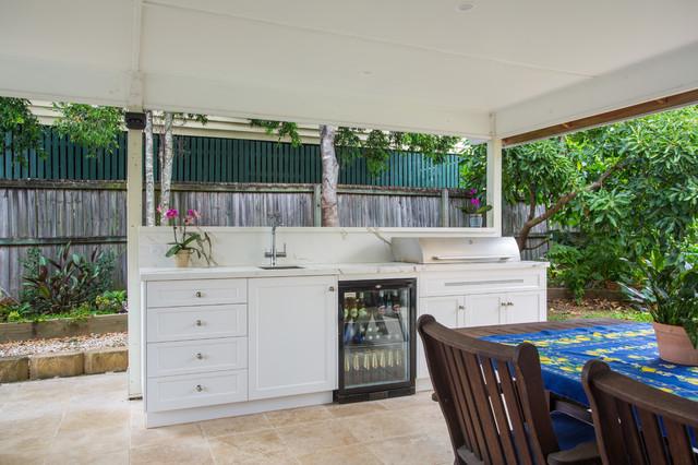 Modern Hampton Outdoor Kitchen, Weatherproof Outdoor Kitchen Cabinets Perth