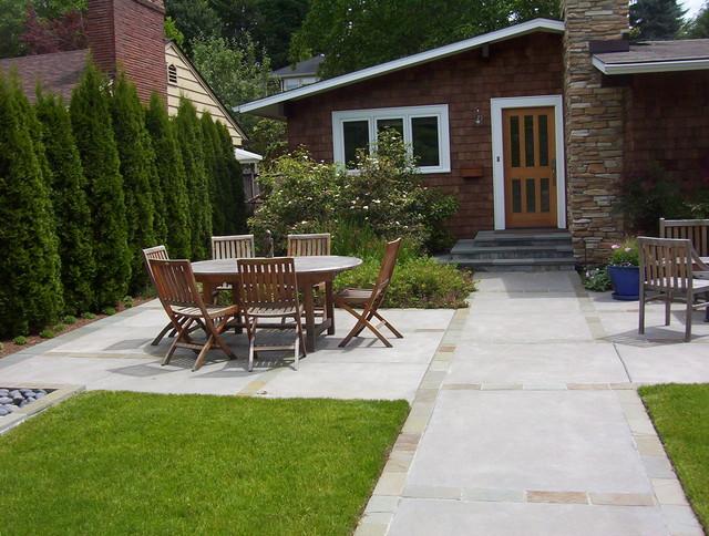 Modern Laurlehurst Garden modern-patio