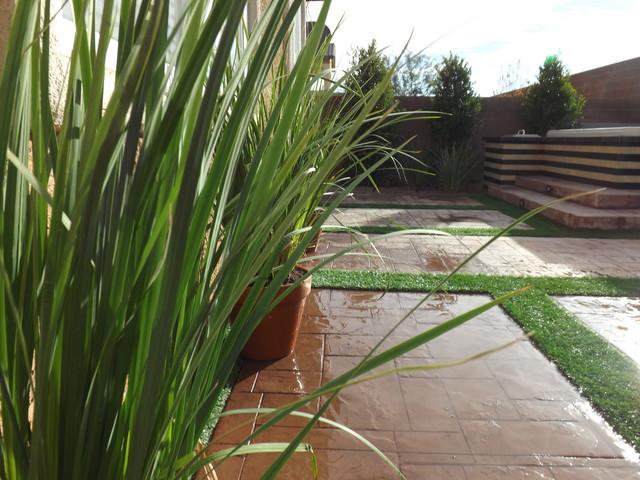 Modern Marvels modern-patio