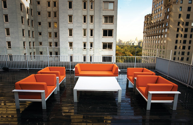 Modern Outdoor Rooftop Gathering Area modern-patio