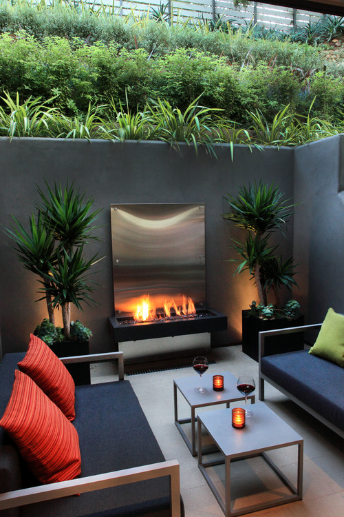 Can You Squeeze an Outdoor Retreat onto a Small Lot? on Modern Backyard Patio id=47428
