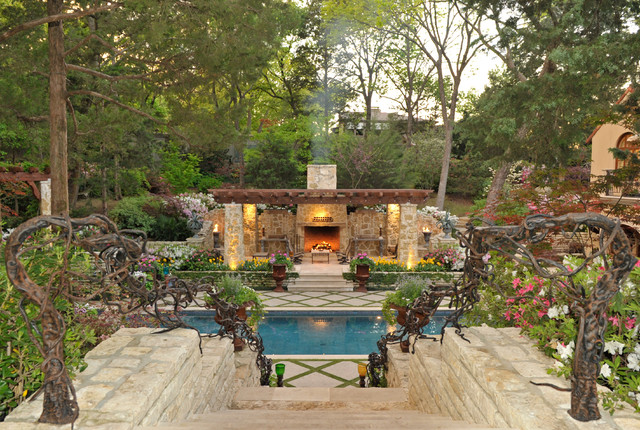 Secluded private retreat patio dallas by harold for Secluded backyard ideas