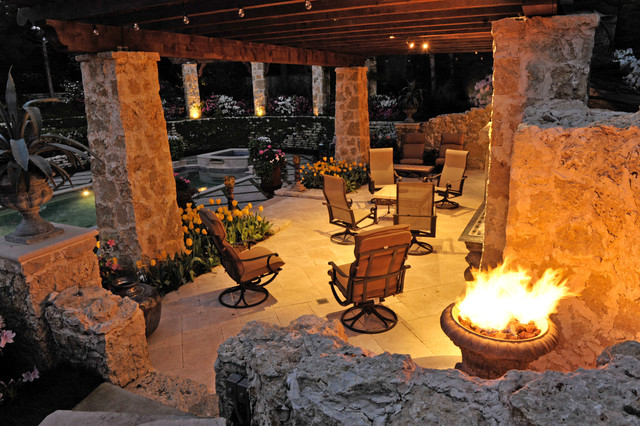 Secluded Private Retreat patio