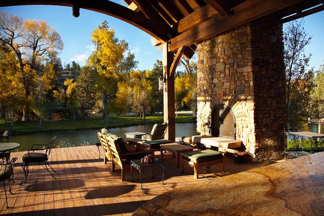 Montana River Residence traditional-patio