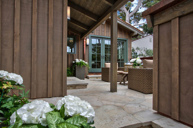 Monte Verde transitional-patio