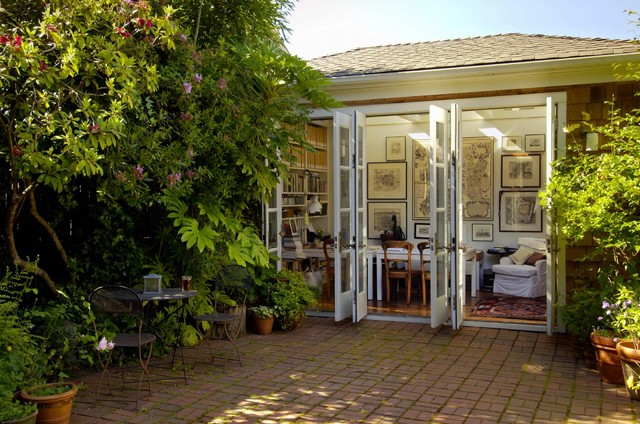 Montlake craftsman-patio
