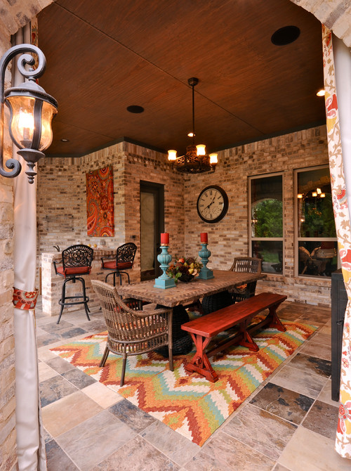10 outdoor dining rooms that make eating alfresco seem for Outdoor dining room design ideas