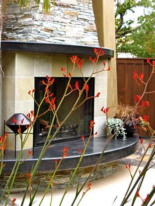 Morera Residence contemporary-patio