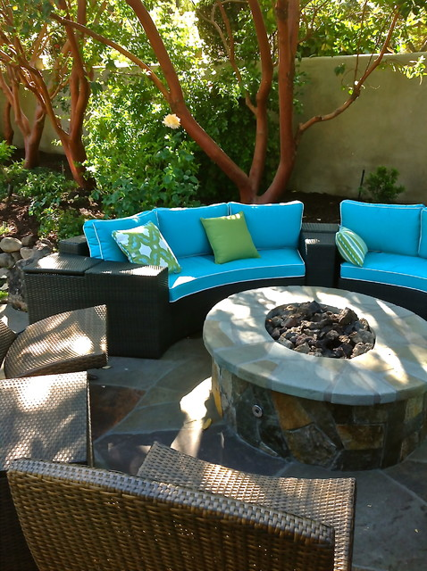 Moroccan inspired lafayette ca outdoor room for Moroccan style garden ideas