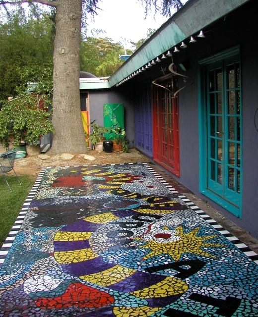 Mosaic tile backyard patio for Mosaic garden designs