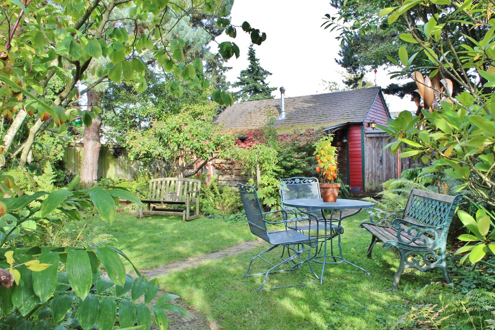 Example of an eclectic patio design in Seattle with no cover