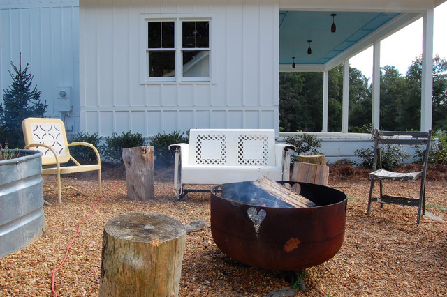 My Houzz: Colorful Vintage Finds fill a Chic Modern Farmhouse shabby-chic-style-patio