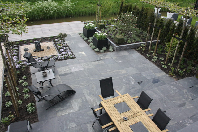 My Houzz: Modern meets Traditional in the Netherlands contemporary patio
