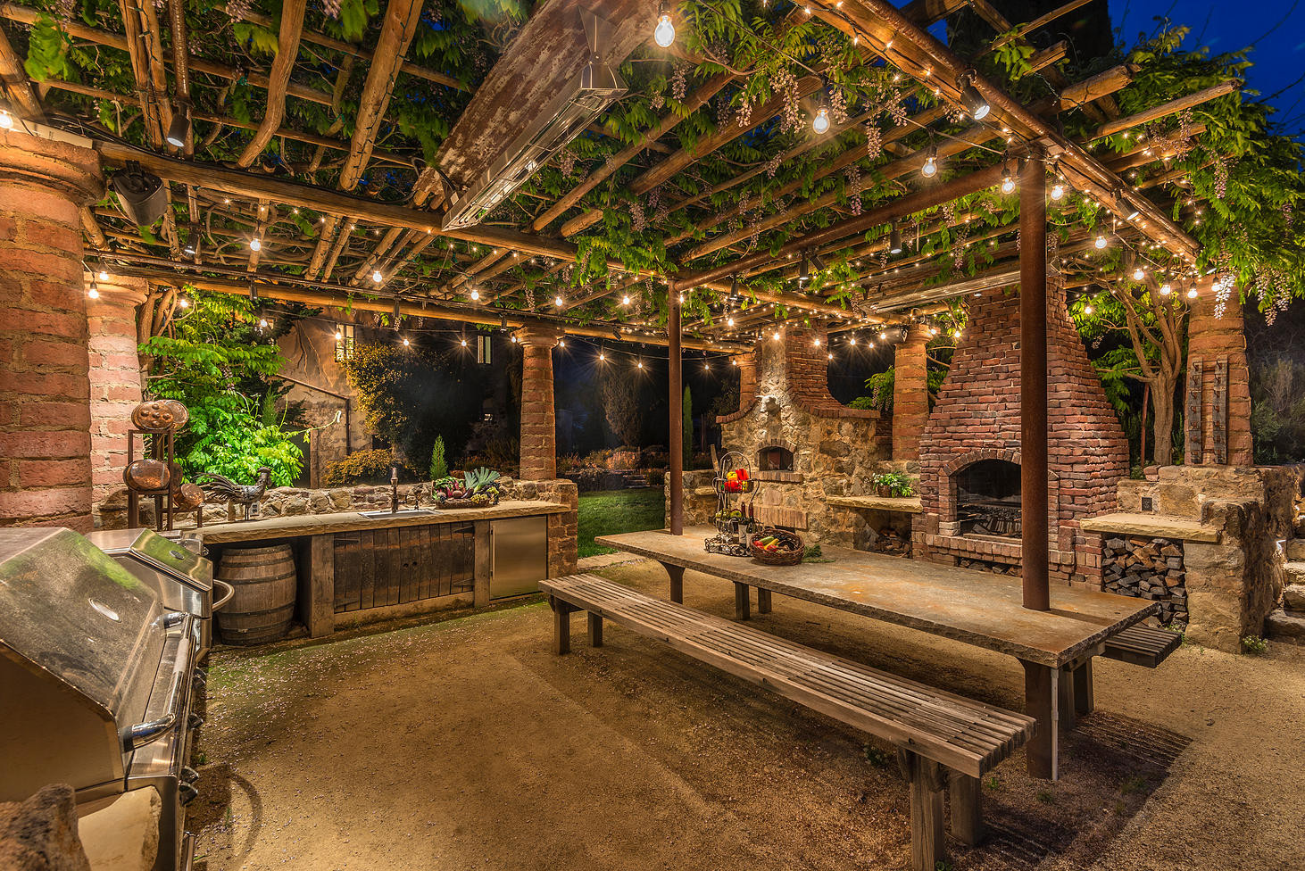 75 Beautiful Rustic Outdoor Kitchen Design Houzz Pictures Ideas July 2021 Houzz