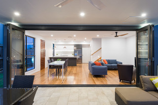 New Farm Renovation Contemporary Patio Brisbane By Axcis Build